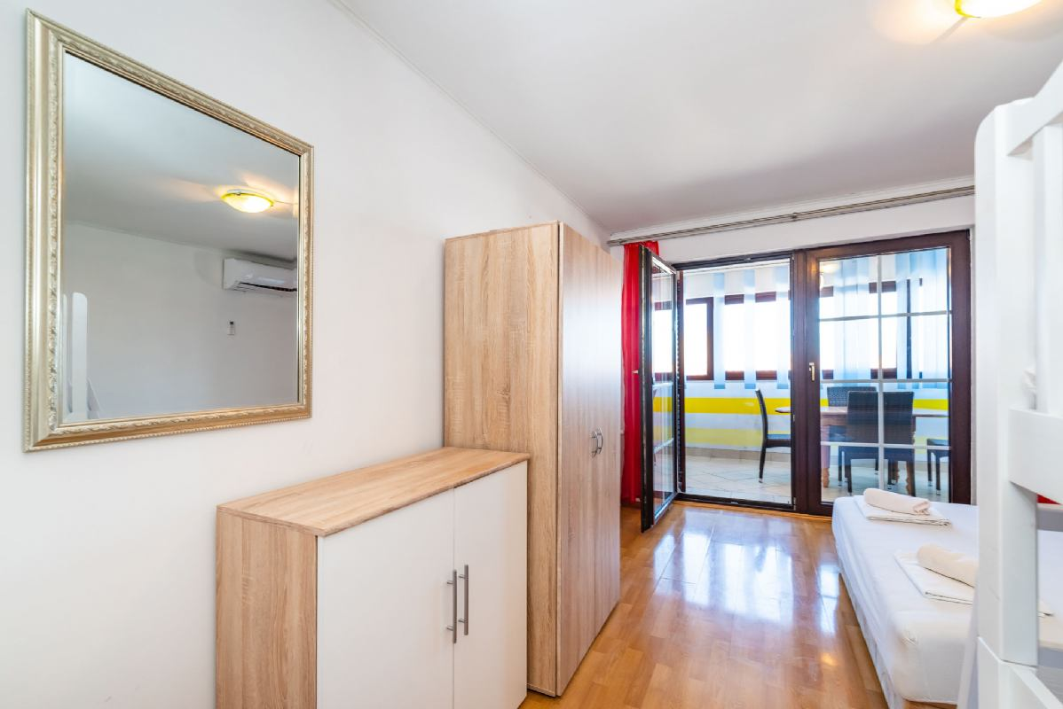 Studio Apartment 1a